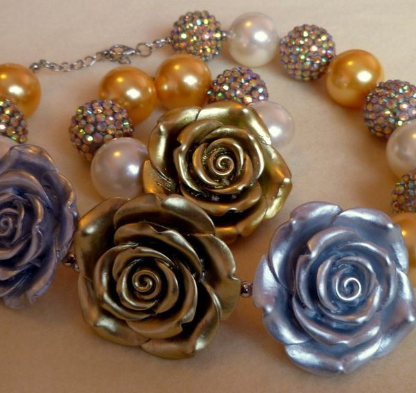 Gold Rose Chunky Bauble